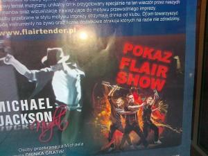 Barmani i Michael Jackson na jednym plakacie