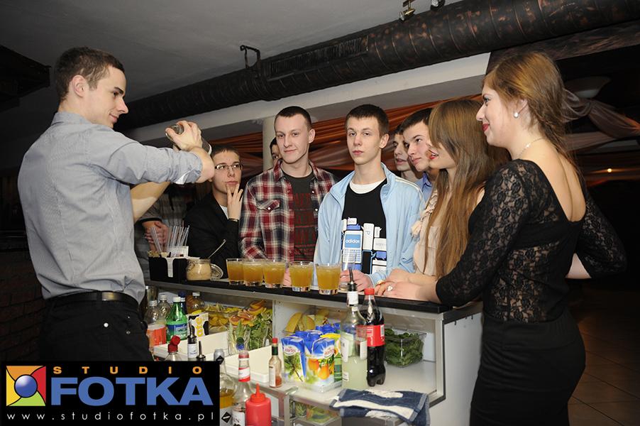 Barman na urodziny-osiemnastka
